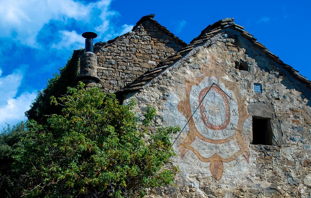 El famoso reloj de sol de Ascaso