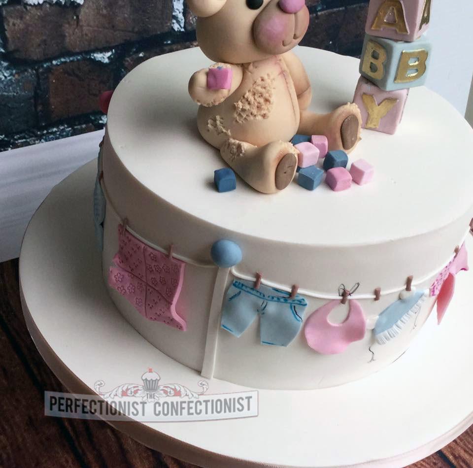 Super Valerie Baby Shower Cake A Photo On Flickriver Funny Birthday Cards Online Necthendildamsfinfo