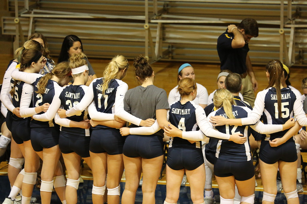 University Of St Mary >> Usm Vs Tabor Oct 29 2014 Volleyball At The Universit