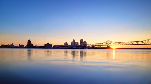 city bridge sunset urban sun reflection architecture kentucky ky louisville ohioriver