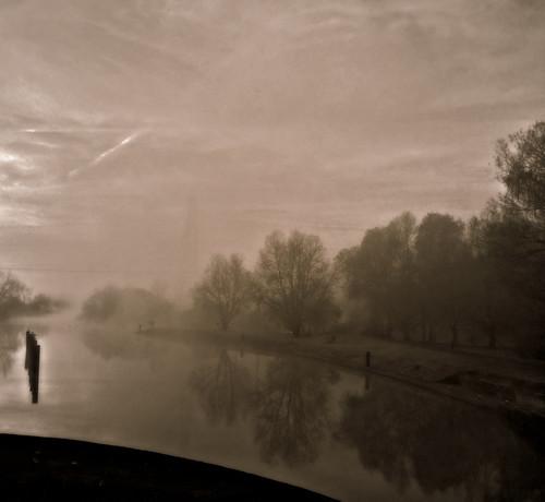 england greatbritain oxfordshire blackandwhite sunrise mist reflection fog sky sun