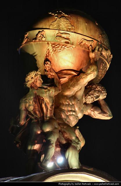 Atlas-Statue @ Night, Frankfurt, Germany