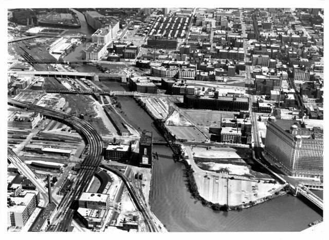 2030 July 15, 1967 Chicago Union Station North approach looking N @ Wolf Point   010