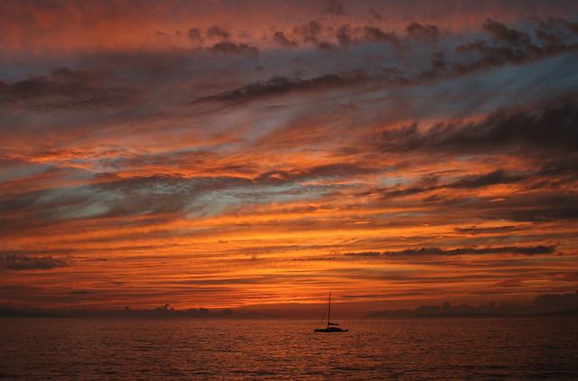 Sunset Sailing Hawaii