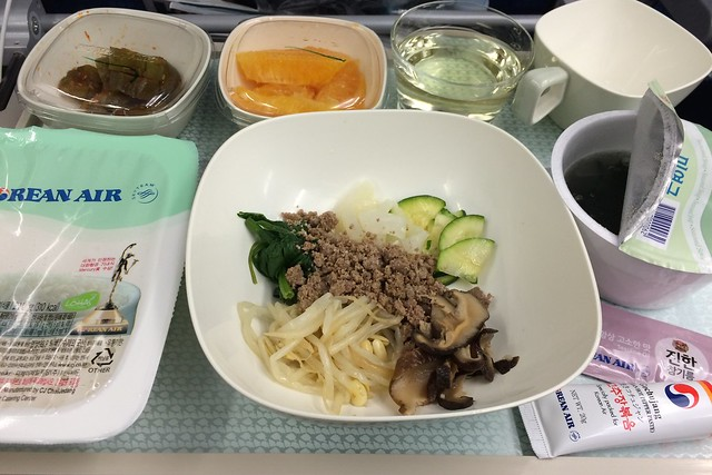 土, 2014-11-01 15:31 - 大韓航空 機内食 ビビンバ