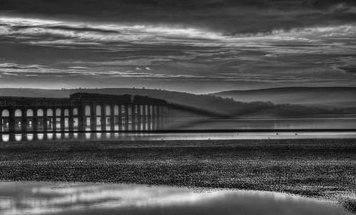 bridge bw sunrise river mono dundee rail tay