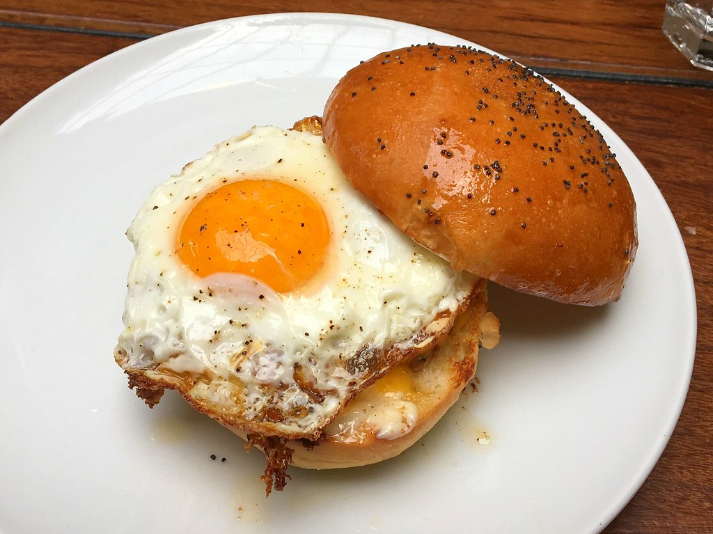 breakfast sandwich @ republique