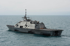 USS Fort Worth (LCS 3) file photo. (U.S. Navy/MC2 Antonio P. Turretto Ramos)