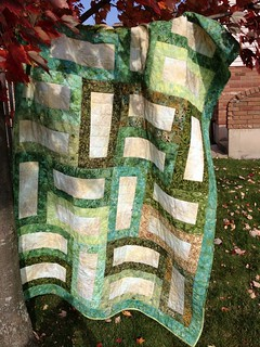 Euclid Quilt: My favourite pattern for a quick wedding gift.
