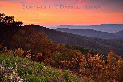 autumn sunset sky orange mountains fall nature colors skyline landscape photography drive virginia nationalpark scenic va shenandoah