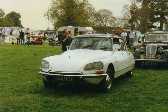 Citroen DS - 4640 QA 24