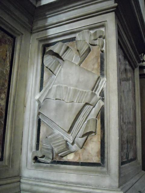 Sculpted book (Detail) - Sepulchre of the cardinal Innigo Caracciolo (1678) by Pietro Ghetti (Carrara ?-Naples about 1726) - Detail - Naples Cathedral