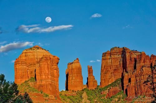 arizona mountains nikon sedona fullmoon redrocks nik cathedralrock everydaymiracles d700 johnchouse aurorahdr
