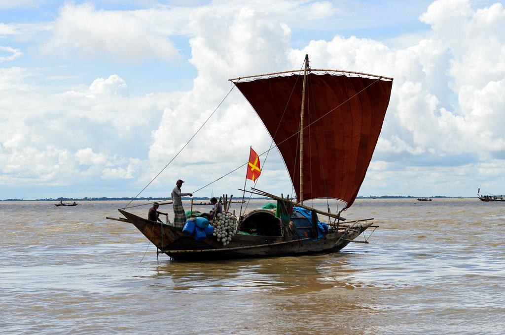 Fishing Boat  Megha River  Bangladesh  Mohammad Mahabubur