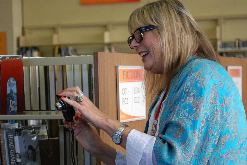 Etsy Craft Entrepreneurship program pilots at the library | Flickr