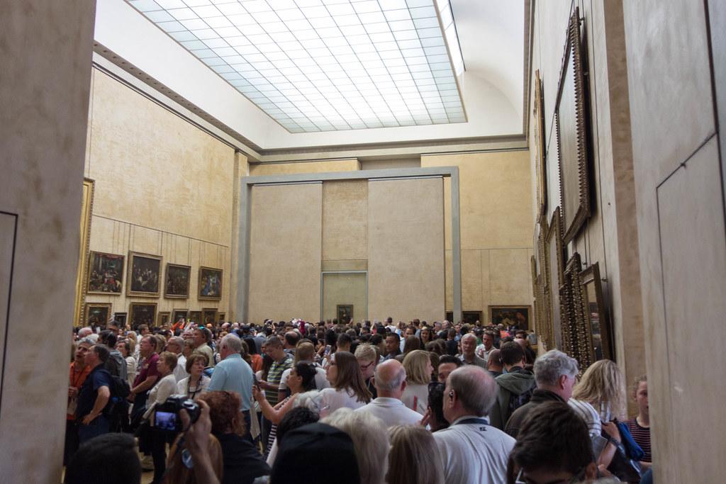 The Scrum Around the Mona Lisa