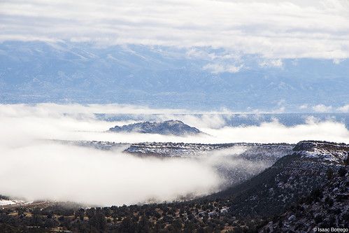 fog mesas clouds mountains valley canyon losalamos andersonoverlook newmexico canonrebelt4i snow winter unitedstates america usa cold