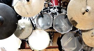 Schlagzeug von oben / Drum Kit from Above | by kenohell