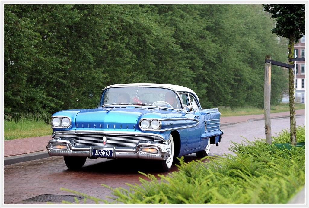 Oldsmobile Eighty Eight / 1958