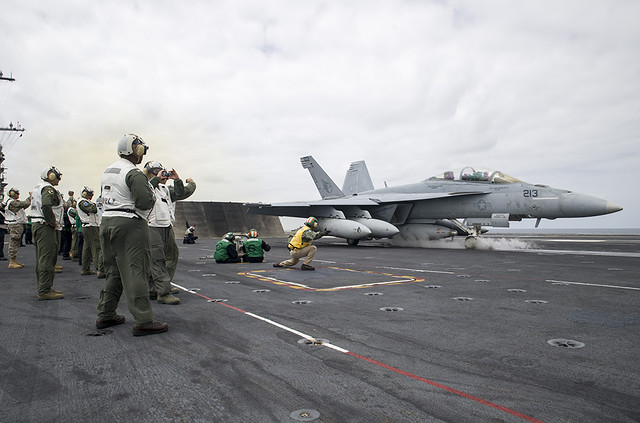 F/A-18E Launches from the USS George Washington in the Pacific Ocean