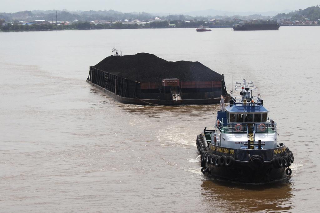 Coal barge, Central Kalimantan
