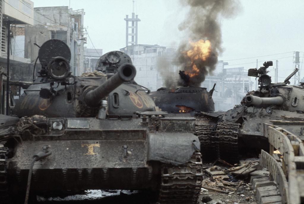 Fall of Saigon - Xe tăng Bắc VN bị bắn cháy tại khu vực Lă… | Flickr