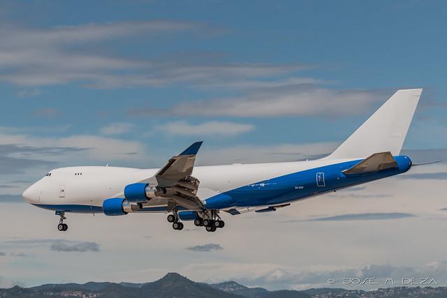 Dubai Air Wing B747-412 A6-GGP