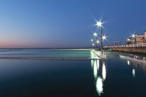 light seascape water sunrise canon reflections australia newcastlebaths newcastlensw canoneos650d