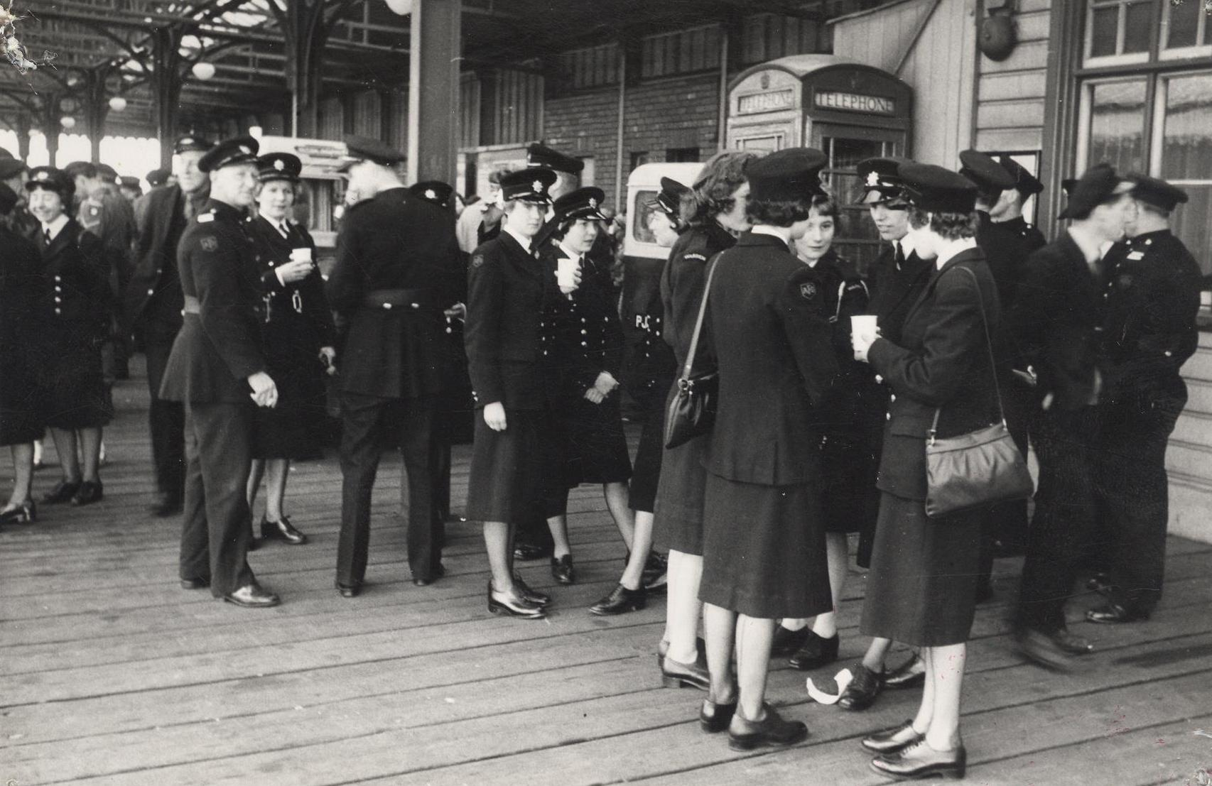 Emergency services personnel at the Humber ferry dock 28 May 1961(archive ref CD-103) (28)