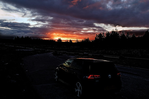 sunset vw sunrise canon golf dawn dusk gti rhigos rhigosmountain vwgolfgtimk7 golfgtinightblue canong5x canonpowershotg5x