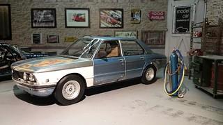 BMW 525 E12 rusty blue car | by www.MODELCARWORKSHOP.nl