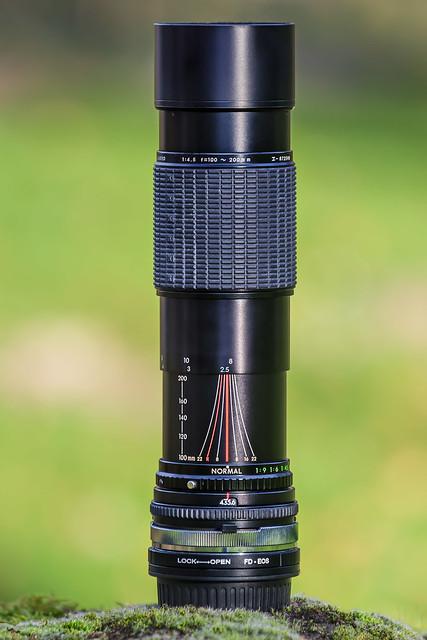 Sigma 100~200mm ƒ/4.5 (C-FD)