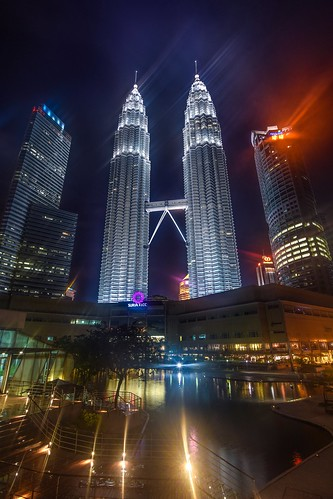 city travel tower night photography view petronas foggy malaysia kualalumpur nikond5300