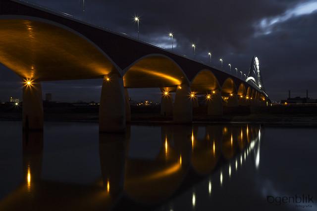 oversteek Nijmegen