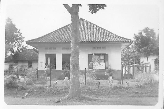 Home of van Waeterschoodt x Chaulan in Manggarai, Meester Cornelis in the Dutch East Indies around 1930