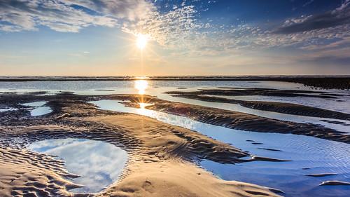 canon6d canon 6d ef1635mmf28liiusm 新竹 鳳坑 日落 夕陽 海邊 潮汐 色溫 天 天空 sky 倒影 縫卡 縫卡控光 sunset 藍天 雲 雲彩