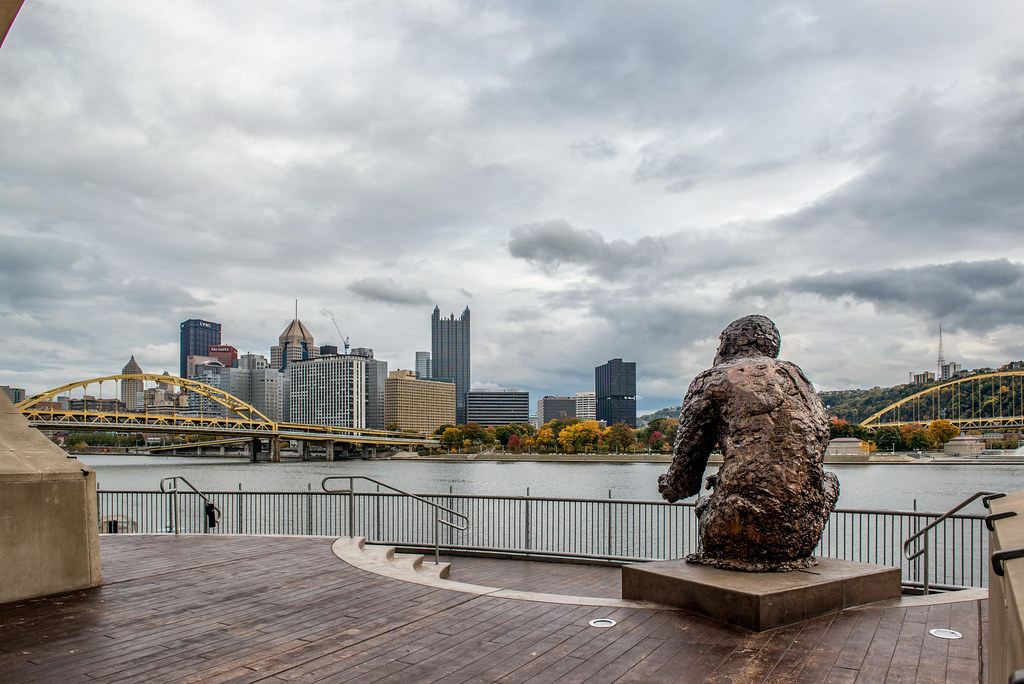 Mr Rogers Statue On The North Shore Of Pittsburgh In The Flickr