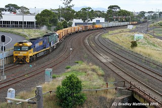 NR89-NR85 (SS) with late running 5MP2 down Steel goods to Perth at Nth Geelong (15/1/2015). | by Bradley Matthews Photography