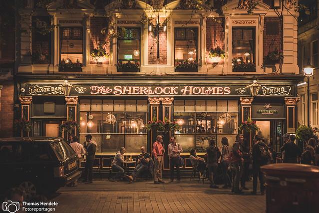 London by night - Pub