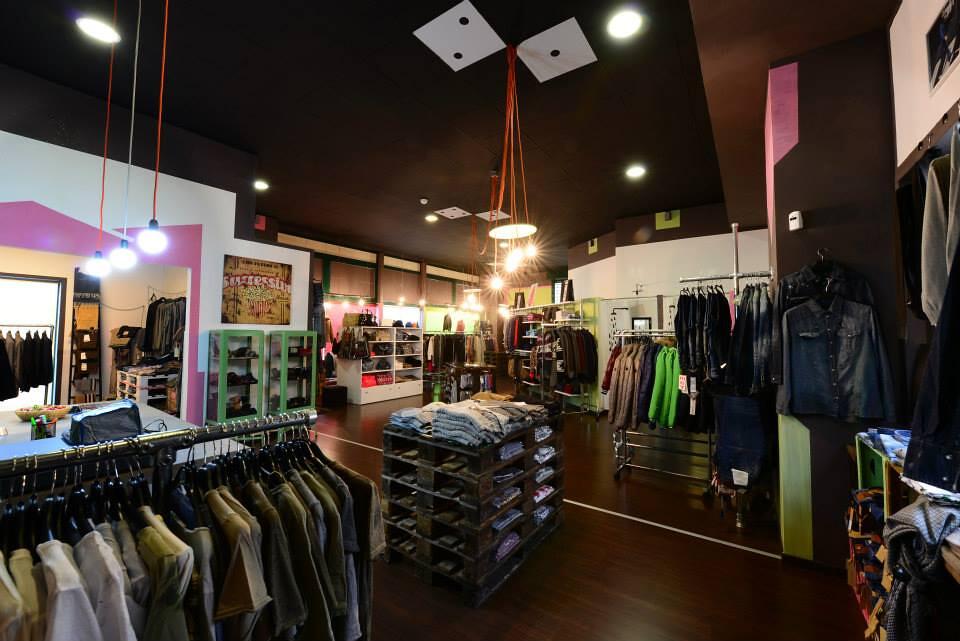 384ebb191d ... Dado Style - Outlet abbigliamento uomo, donna, bambino a Nichelino ( Torino)