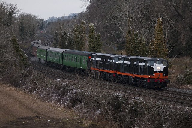 142 & 141 on Longford-Connolly special west of Leixlip 21-Feb-10
