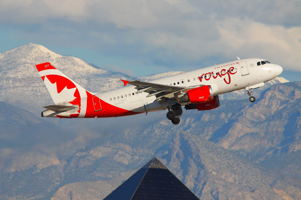 AirCanadaRouge_277_C-GBHR