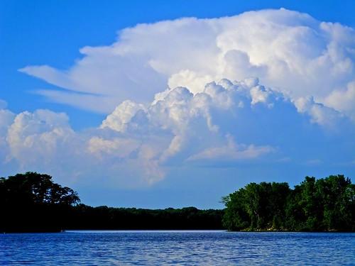 clouds mississippiriver camancheiowa stillphototheater