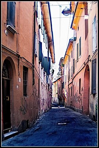 Bologna in agosto: via Ca Selvatica
