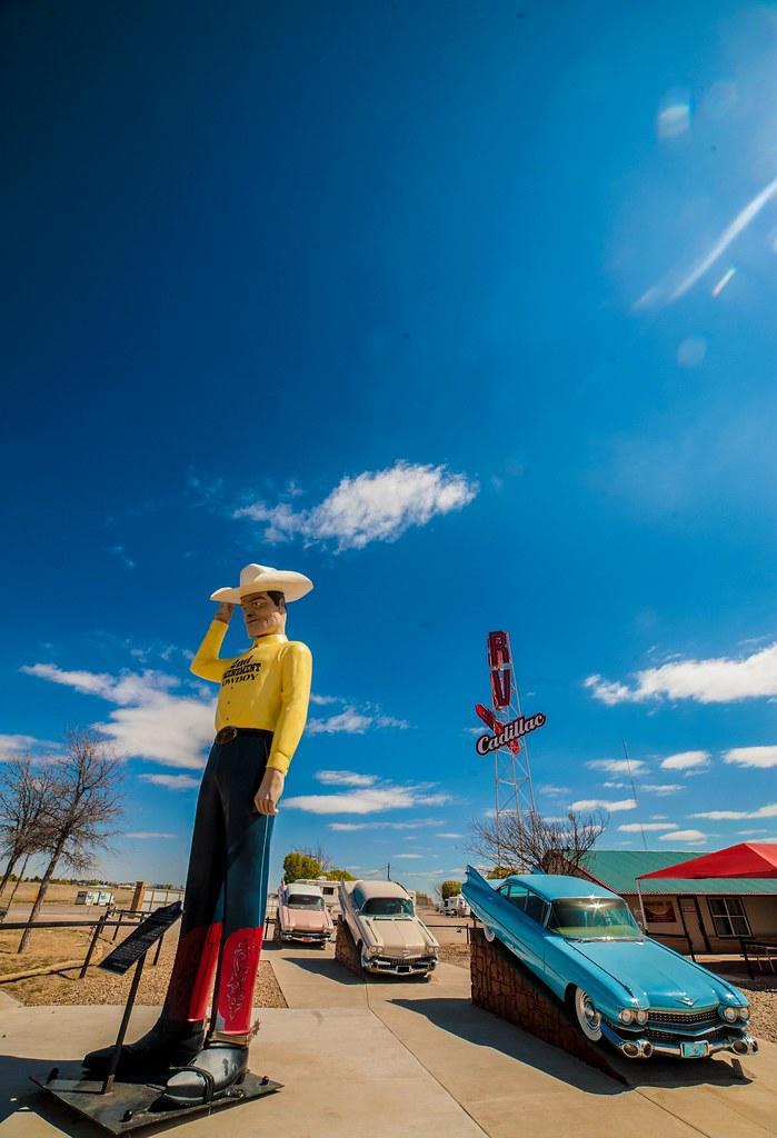 Cadillac Ranch-esque RV Park in Amarillo,Texas | Jay Dee