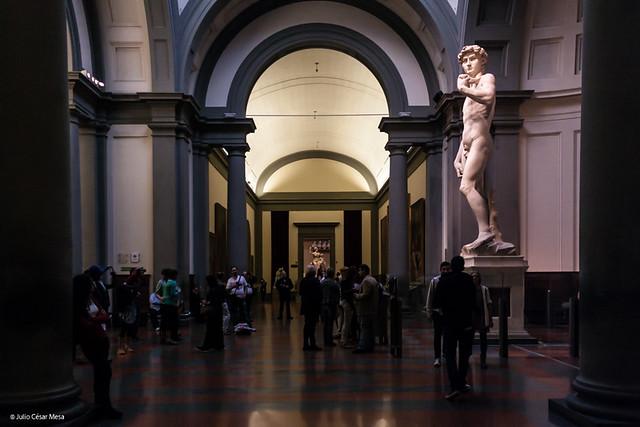 Il David di Michelangelo // Galleria dell'Accademia. Firenze