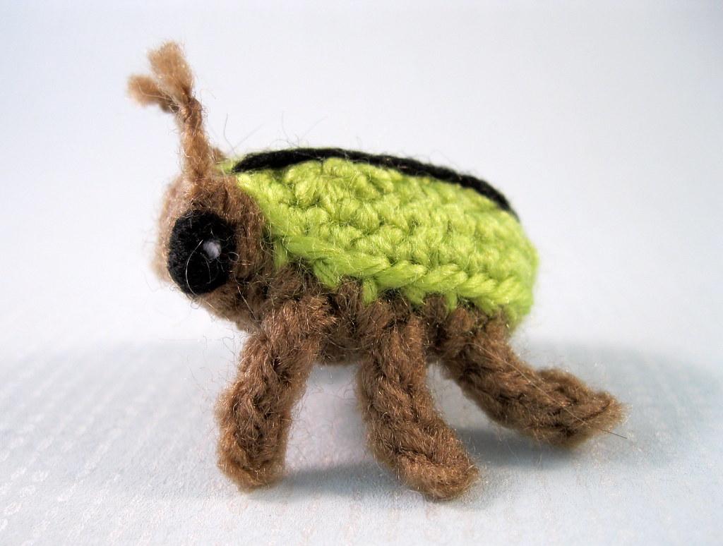 Crochet VW Beetle Amigurumi Pattern - Crochet News | 774x1024