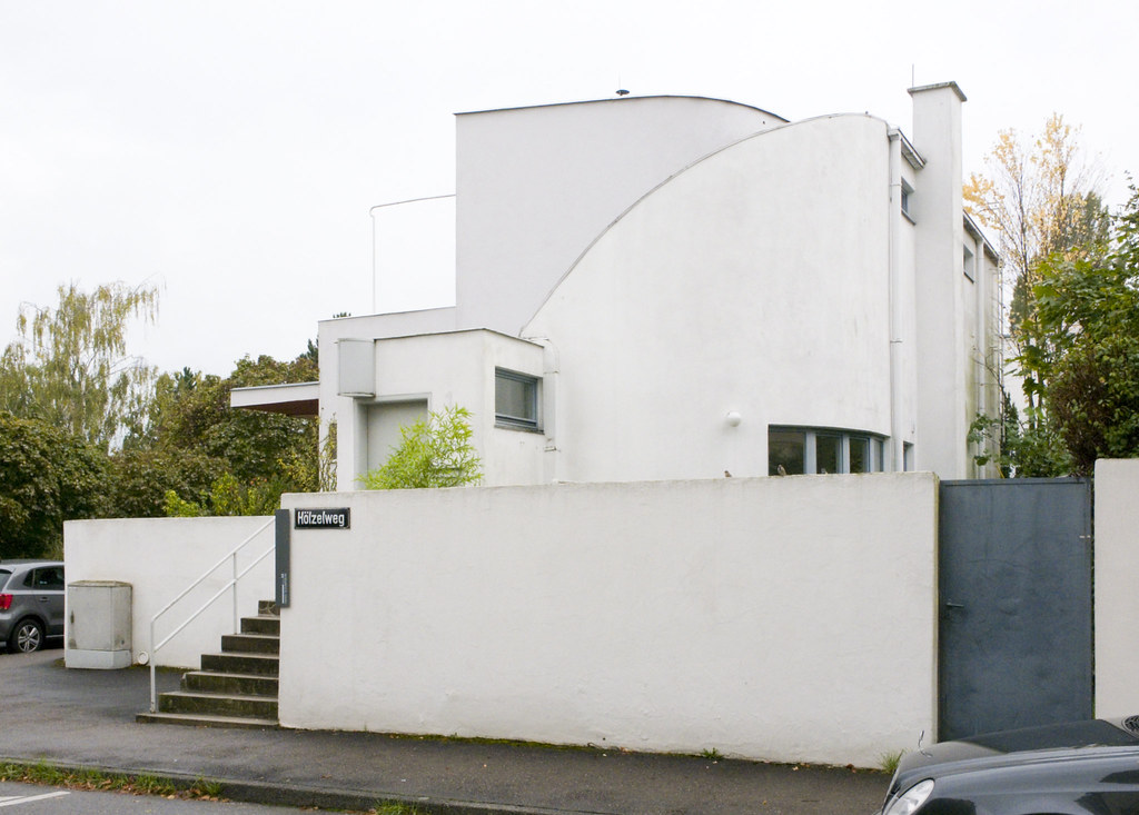 Haus 33 Hans Scharoun The Designer Of This House Would G Flickr