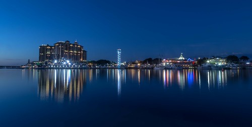 city nightphotography night canon reflections landscape florida floridabeaches longexposurephotography canon6d