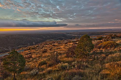 west nature sunrise outdoors nationalpark scenery colorado mesaverde nationalparks southwestcolorado mesaverdenationalpark farviewlodge chapinmesa